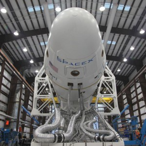 Falcon 9 und Dragon