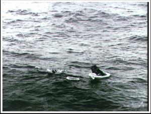 Aurora 7 im Wasser.