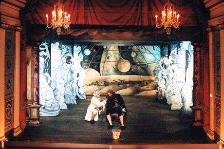 Sandra Linde, Bühnenbild, Die Welt auf dem Mond, Ekhoftheater Gotha