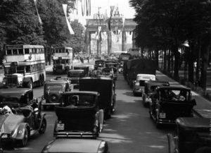 Das Brandeburger Tor während der Olympiade 1936