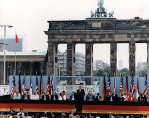 president_reagan_giving_a_speech_at_the_berlin_wall_brandenburg_gate_federal_republic_of_germany-_june_12_1987