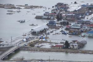 Luftbild von Minato, Japan, nach dem Tohoku-Beben und Tsunami. Bild: Lance Cpl. Ethan Johnson/US Navy, Public Domain