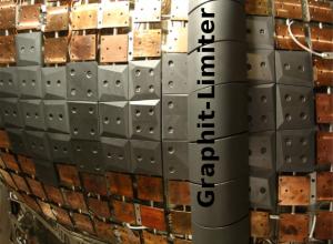 Abbildung 3: Graphit-Limiter in W7-X. (Bild: IPP)
