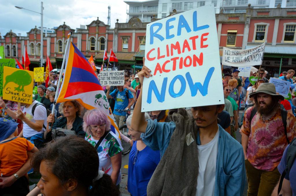 Politisches Engagement: Auch für Wissenschaftler nötig. Bild: iStock / chameleonseye