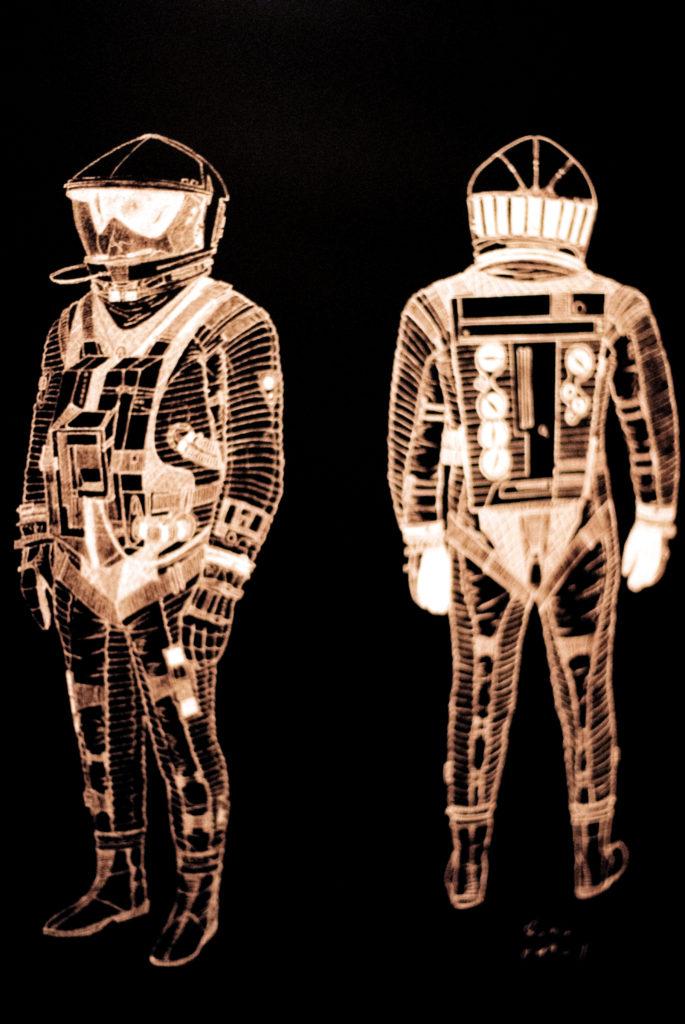 Kubrick's 2001: 50 Years A Space Odyssey. Entwurfsskizze des Raumanzugs mit Helm. Deutsches Filmmuseum, Frankfurt am Main