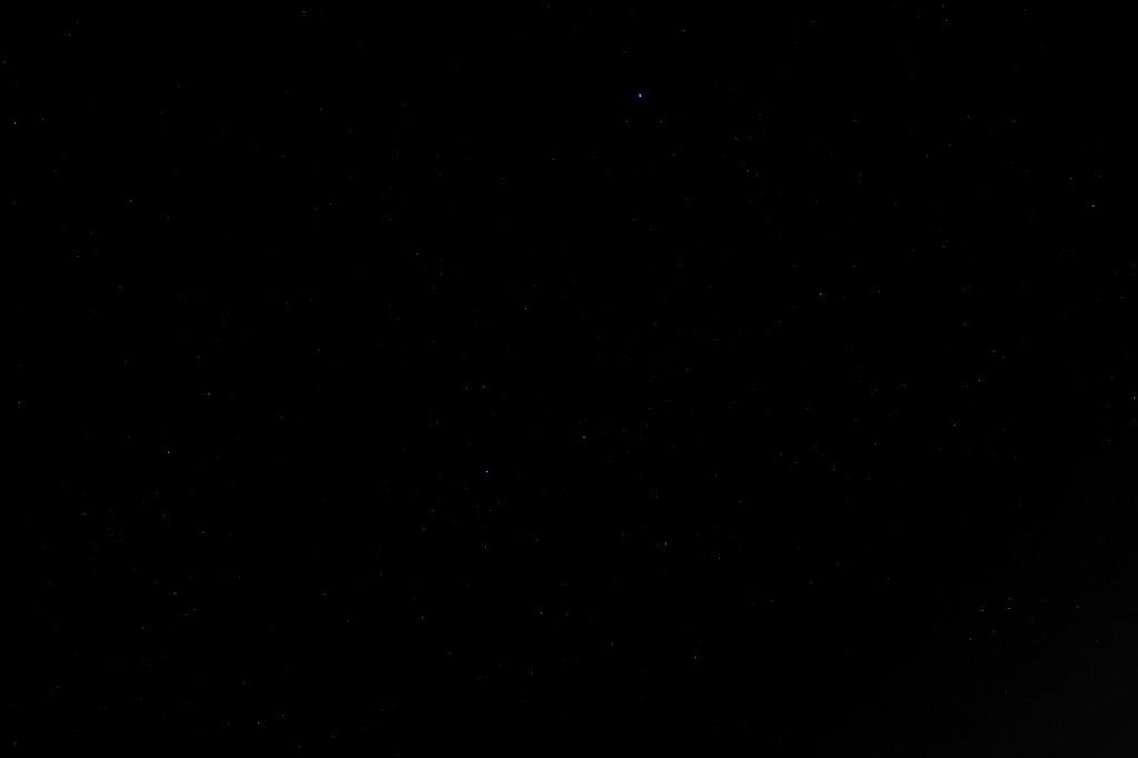 Sternbild Schwan am 15.6.2014, Canon 600D mit 18-55 Zoom, 18 mm, f3.5, ISO 800, 8 s