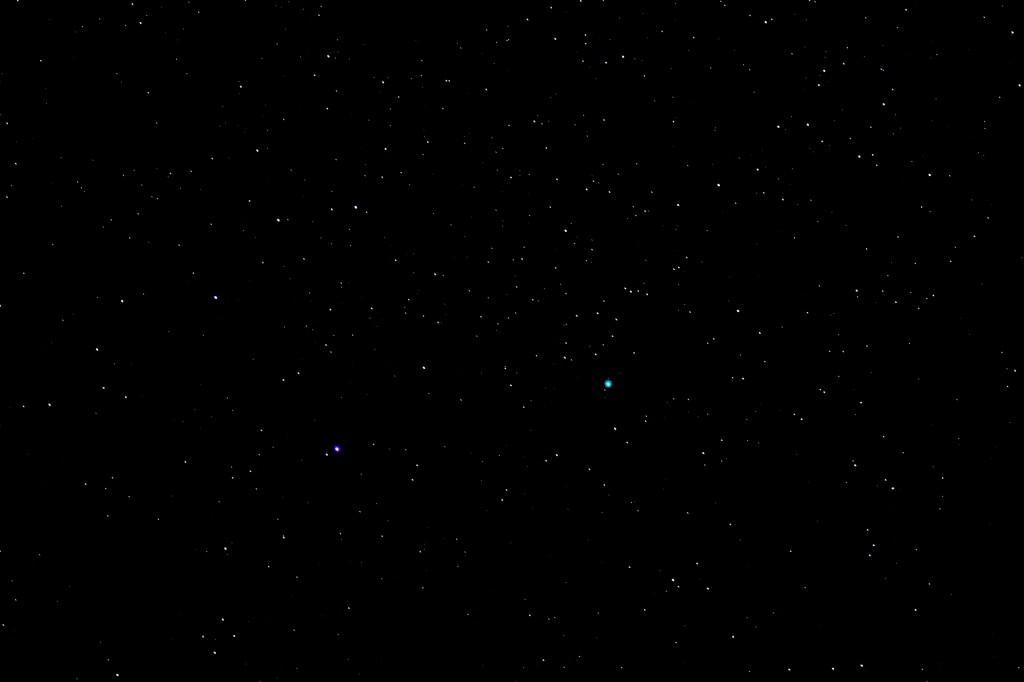 Komet Lovejoy am 22.2.2015, 22:29 MEZ, Canon EOS 600D, Leica Elmarit 180mm, f/2.8, ISO 6400, 4 Sekunden Belichtungszeit