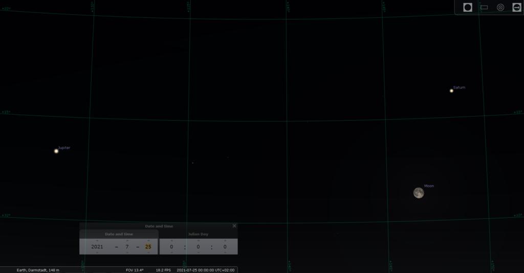 Jupiter, der Fast-Noch-Vollmond und Saturn in der Nacht vom 24. auf den 25. 7.2021, hier simuliert für Darmstadt um 00:00 MESZ, Quelle: Michael Khan via Stellarium