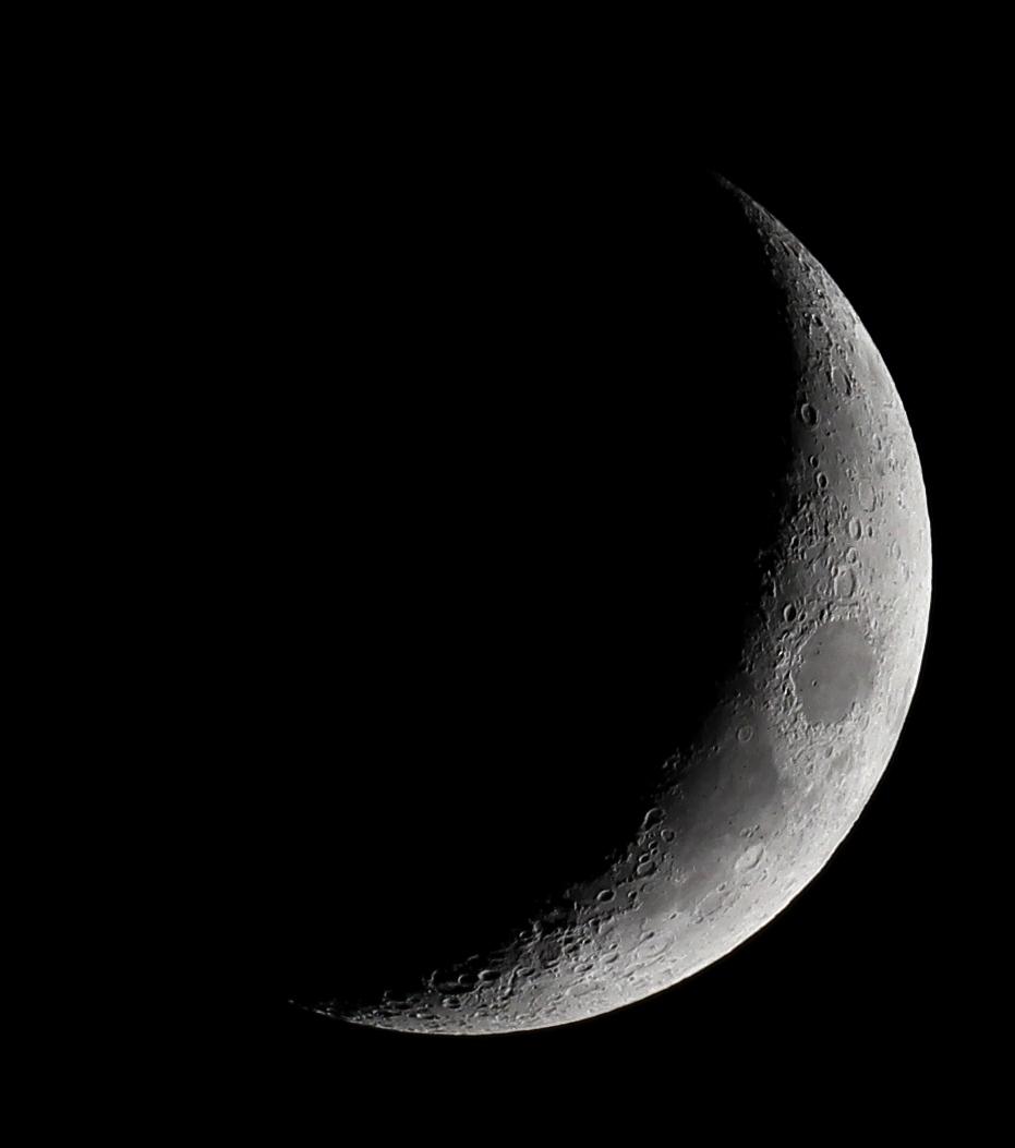 Zunehmender Mond am 3.5.2014, 65/420 Quadruplet Apochromat, Canon EOS 600D, ISO 200, 1/80 s