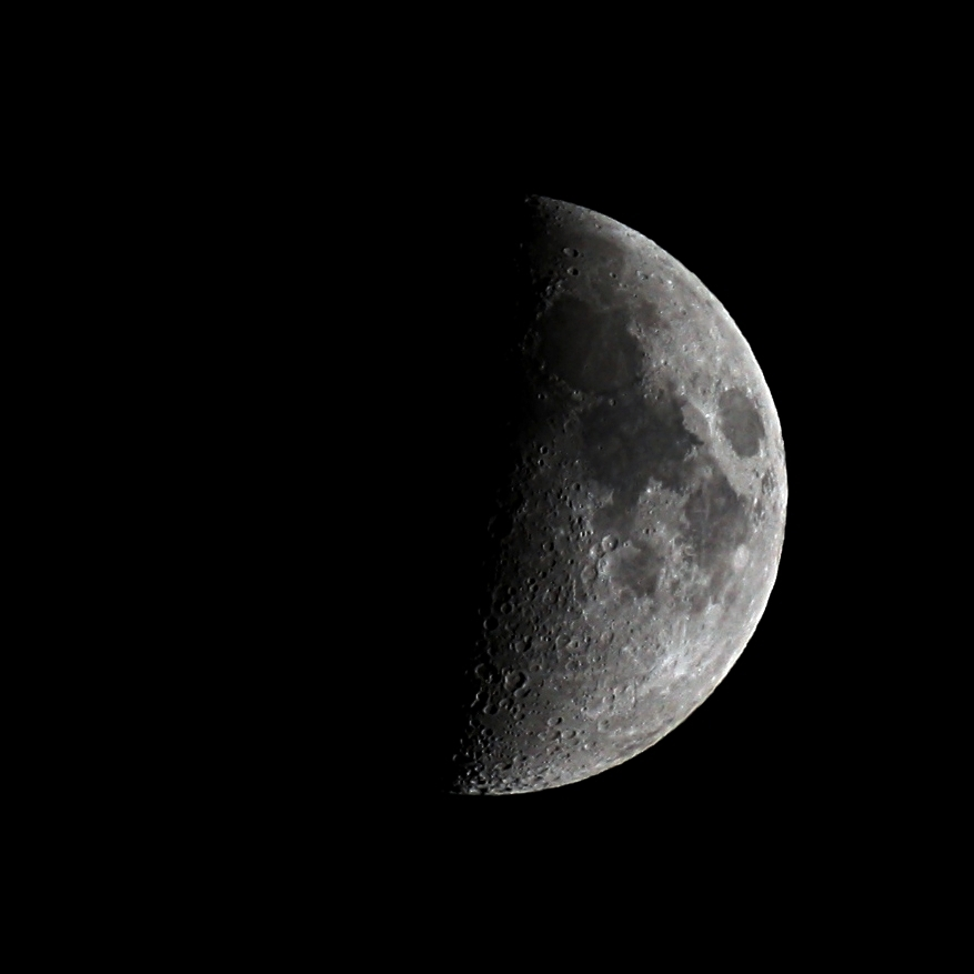 Half moon on 11 October 2013, 20:00 CEDT (18:00 GMT) from Darmstadt, Germany. Camera: Canon EOS 1000D, ISO 200, 1/160 s. Telescope: TS Optics TSED503, focal length 330 m, aperture 50 mm, sourrce: Michael Khan