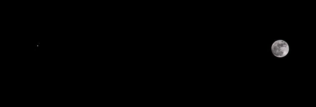 Der Vollmond und Jupiter am 3.2.2015, 21:45 MEZ, Komposit aus drei Aufnahmen mit unterschiedlichen Blenden und Belichtungszeiten, Canon EOS 600D, Leica Elmarit 135 mm, f2.8, ISO 200