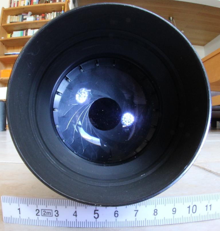 Telemegor 300 f4.5 von Meyer Optik Görlitz, 19 Lamellen-Irisblende abgeblendet