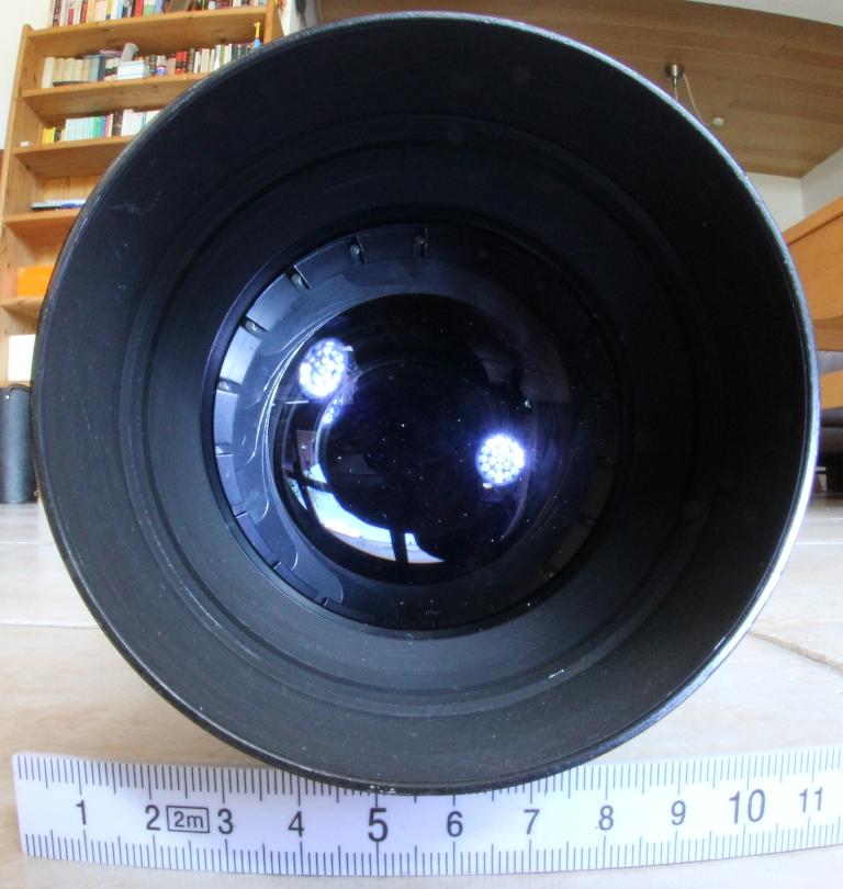 Telemegor 300 f4.5 von Meyer Optik Görlitz, 19 Lamellen-Irisblende offen