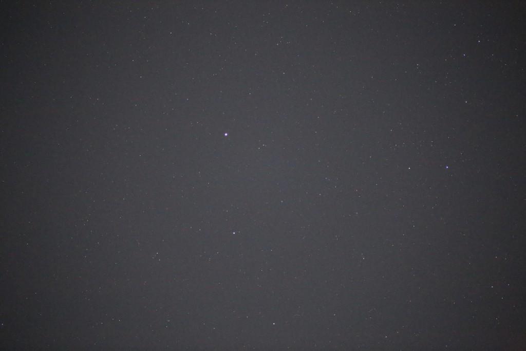 C/2014 Q2 (Lovejoy) bei Kochab (Beta UMi) am 30.6.2015, 23:56 MESZ, Canon EOS6D, Leica Elmarit-R 180, f/2, ISO 25600, 1 Sekunde