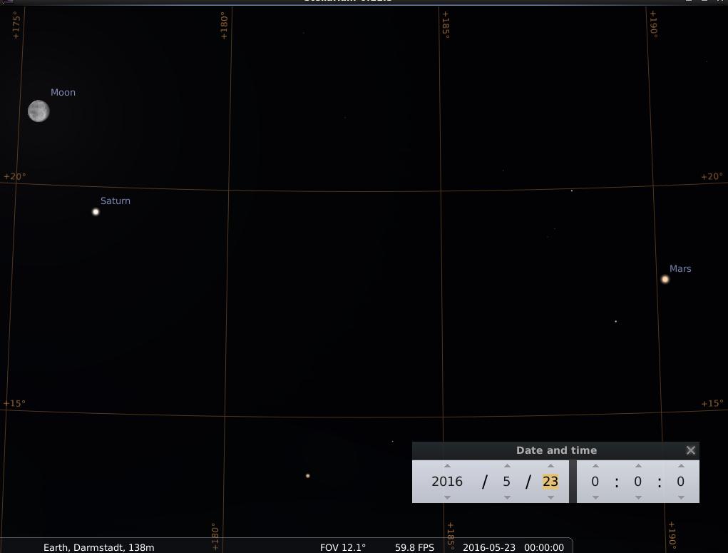 Der Mond im dritten Viertel, Saturn, Antares im Skorpion und Mars am Abend des 23.5.2016, simuliert für Darmstadt um 00:00 UTC (02:00 MESZ)