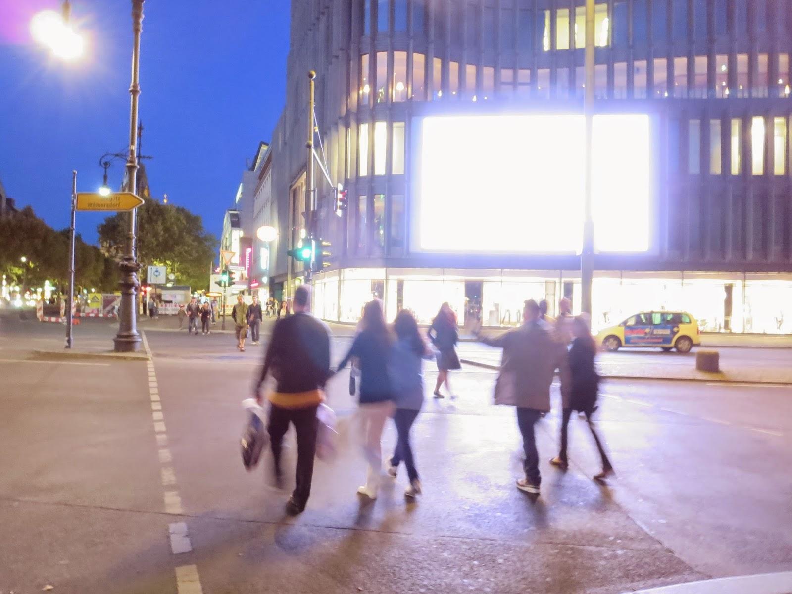 Belichtung auf Helligkeitsniveau der Straße eingestellt