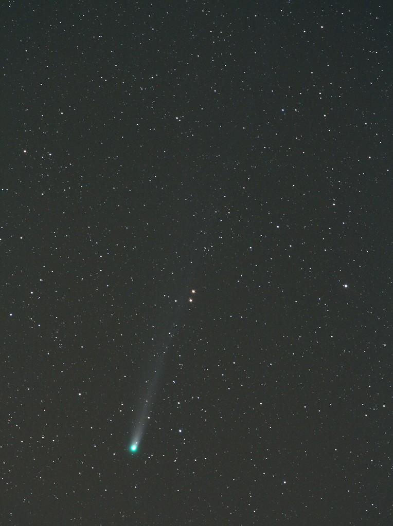 C/2013 R1 Lovejoy. Einzelaufnahme, 200mm, 4 Minuten, f/5,6, 800 ASA. Bild: Jan Hattenbach