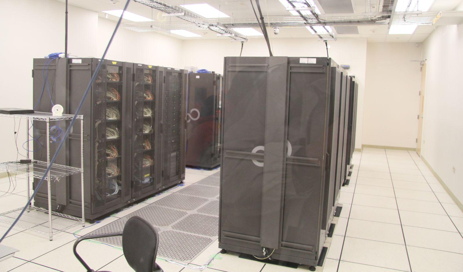 Der Korrelator - ein Supercomputer, an dem alle Signale der 66 Antennen zusammenlaufen. Foto: Georg Görgen