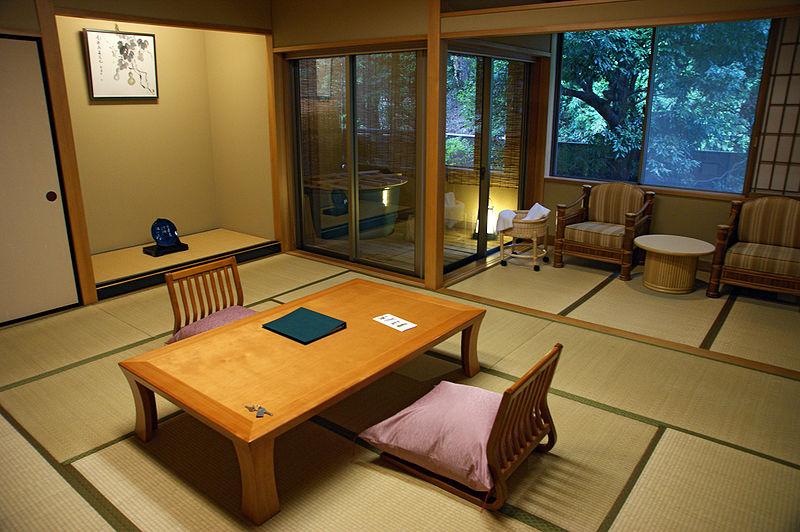 Tamatsukuri Onsen hotel, in Matsue Shimane prefecture (photo by Wikipedia user 663highland)
