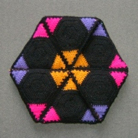 Flexagon made from yarn, by Woolly Thoughts
