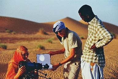 Sonnenbeobachtung, kurz vorm Merkurtransit 2007 (Foto: Berthold, herzlichen Dank!)