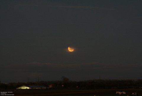 Mondfinsternis 10.12.2011 Mond + Horizont