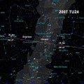 Bahn des Asteroiden 2007Tu24 über den Himmel. Quelle: NASA/JPL