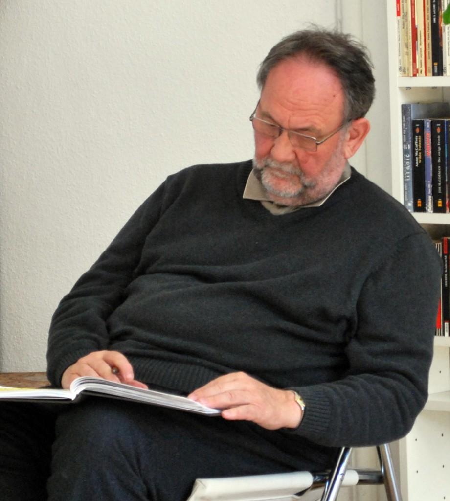 Abb.1: Hansruedi Gehring in der Roman-Werkstatt (Foto: Gregor vom Scheidt 2011)