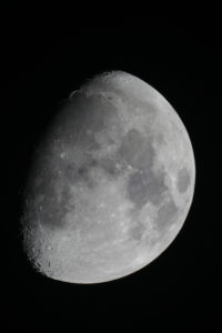 Dortmund, 9. Dezember 2016, 20:55 UTC+1, Skywatcher Maksutov MC 127/1500, Canon EOS 1200D, ISO 200, 1/60s