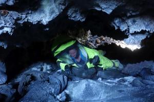Carmel auf dem unterirdischen Weg von einem Skylight zum nächsten. Vermutlich sind wir die ersten, die diese Verbindung entdecken.