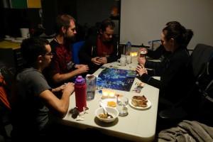Spiel für die gesamte Crew: Pandemic.