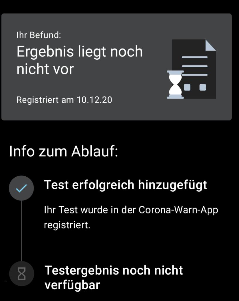Screenshot: Warten auf das Testergebnis in der App.