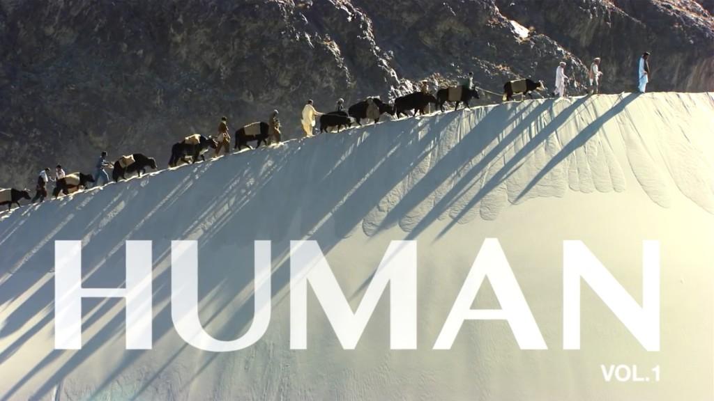 "Szene aus ""HUMAN"": Yak-Karawane im Indus-Tal (Pakistan)"