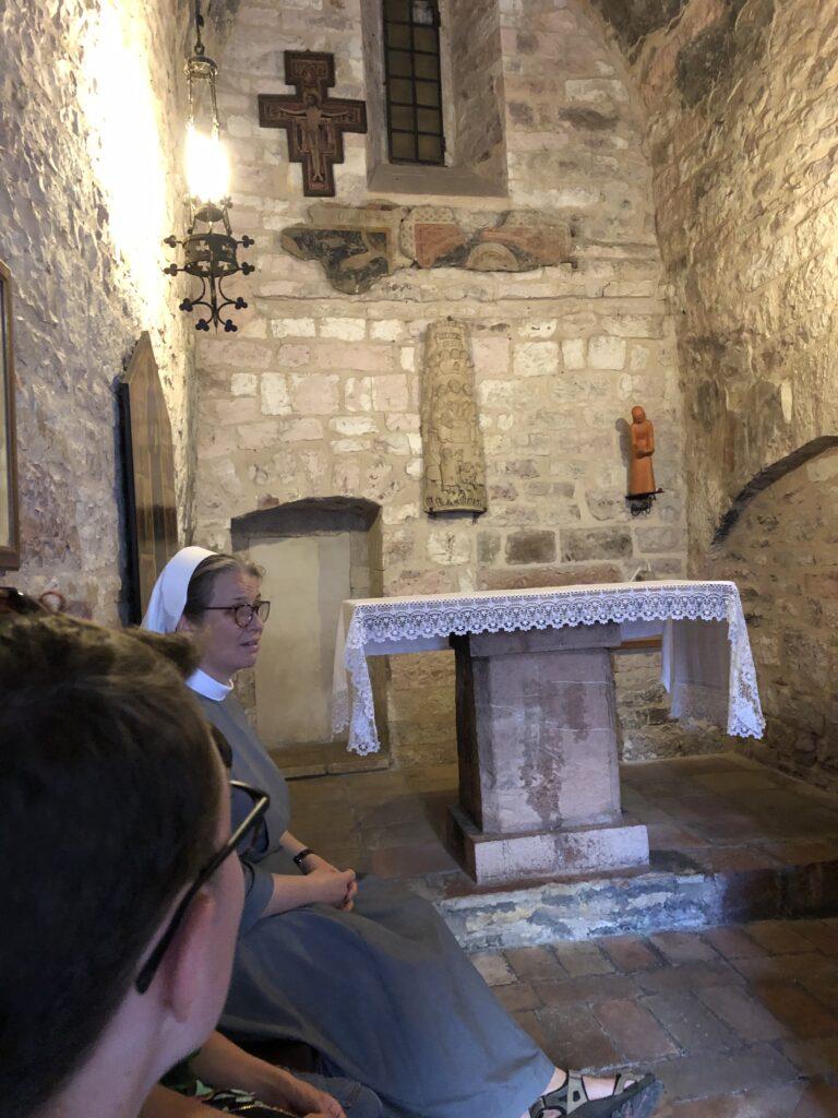 An der Geburtsstätte von Franz von Assisi, Sommer 2019. Foto: Michael Blume