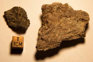 links: Alamo-Brekzie, rechts: geschocktes Gestein