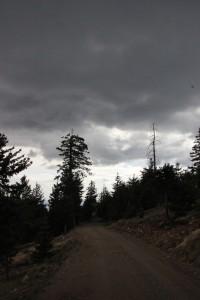 Am Nachmittag sah es heute eine Weile lang gar nicht gut aus für die Beobachtungen. Interessanterweise haben sich die Wolken aber bis zum Abend meistens verzogen.