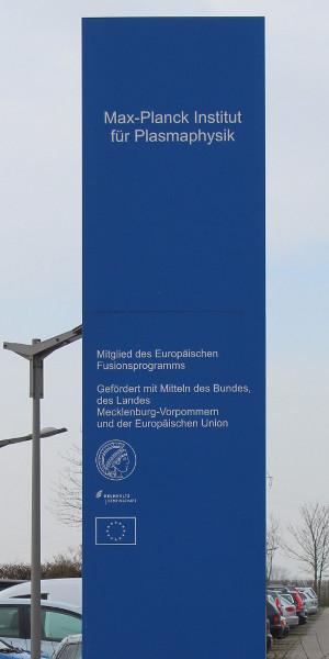 Max-Planck Institut für Plasmaphysik - Schild vor dem Eingang