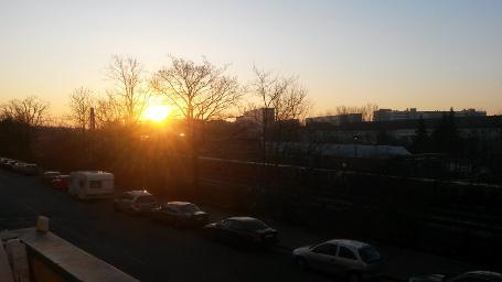 Sonnenaufgang über Berlin, März 2015.