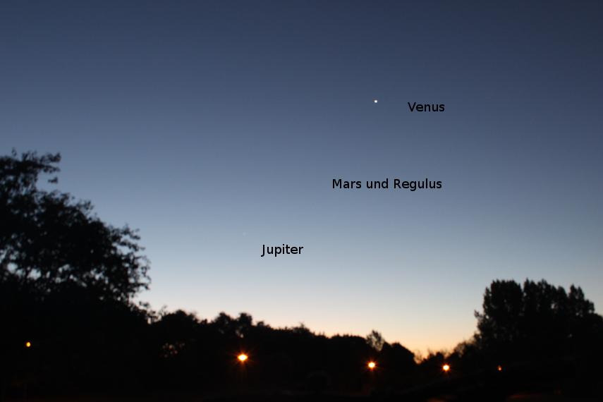 Am Morgenhimmel sah man Planeten - in natura besser als hier im Bild.