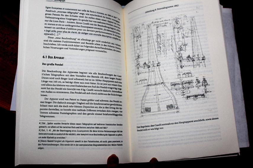 Blick ins Buch - auf eine der wenigen bebilderten Seiten.