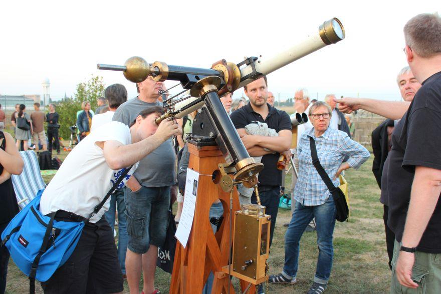 Lange Nacht der Astronomie, 22.08.2015 Tempelhofer Feld