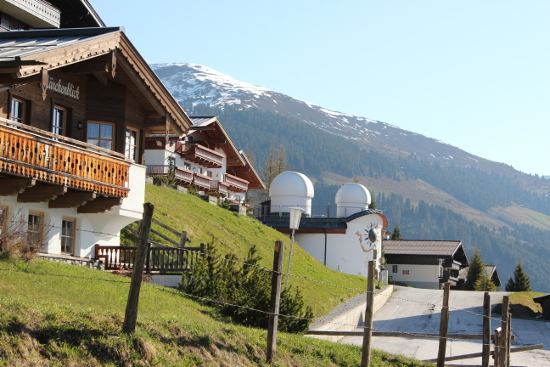 Sternwarte mitten im Dorf.