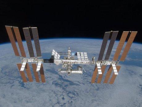 ISS im März 2009 während der STS-119 Mission aufgenommen (Danke an die NASA zur Verfügungstellung)