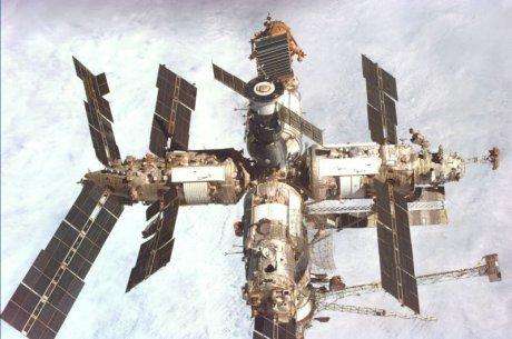 Raumstation Mir während der STS-89 Mission entstanden (Danke an die NASA für die Zuverfügungstellung)