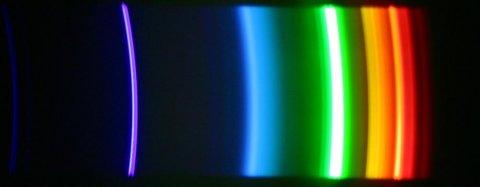 Spektrum einer Gasentladungslampe