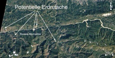 Die Landschaft um den Riviere Momance mit potentiellen, durch das Erdbeben ausgelösten Erdrutschen. Das Epizentrum des Bebens lag ungefähr in der Mitte des Kartenausschnitts.