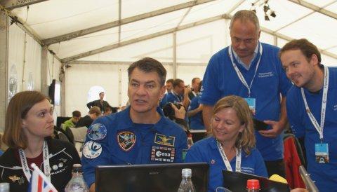 Paolo Nespoli im Gespräch mit Spacetweeps